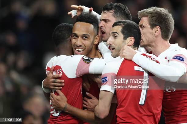 Pierre-Emerick Aubameyang of Arsenal celebrates scoring their 3rd goal with Ainsley Maitland-Niles, Granit Xhaka, Henrikh Mkhitaryan and Nacho...