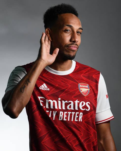 GBR: Arsenal 1st Team Photocall
