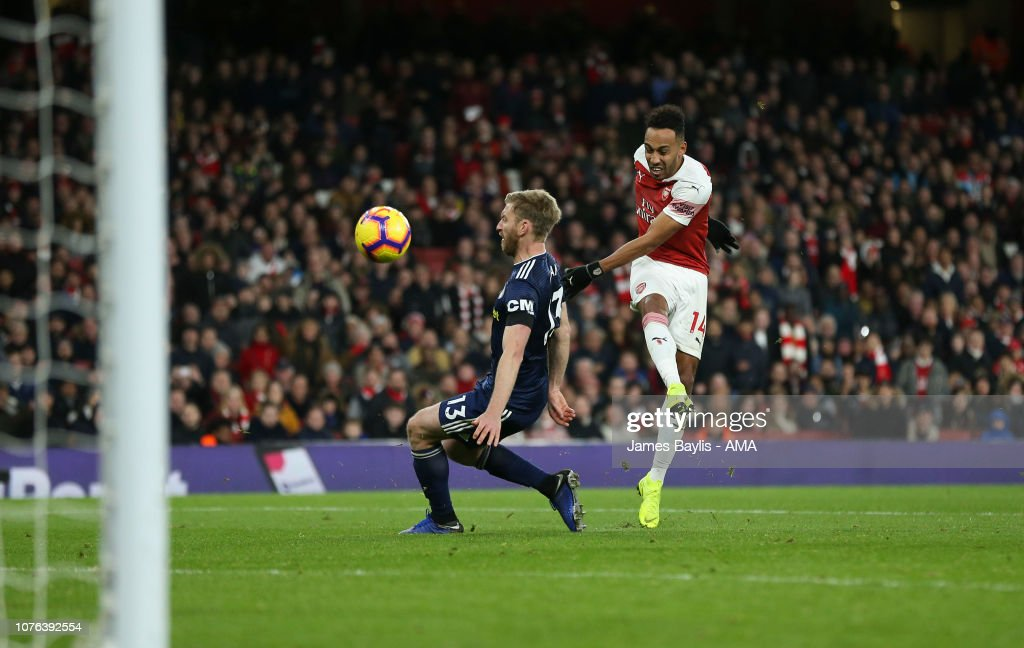 Arsenal FC v Fulham FC - Premier League : News Photo