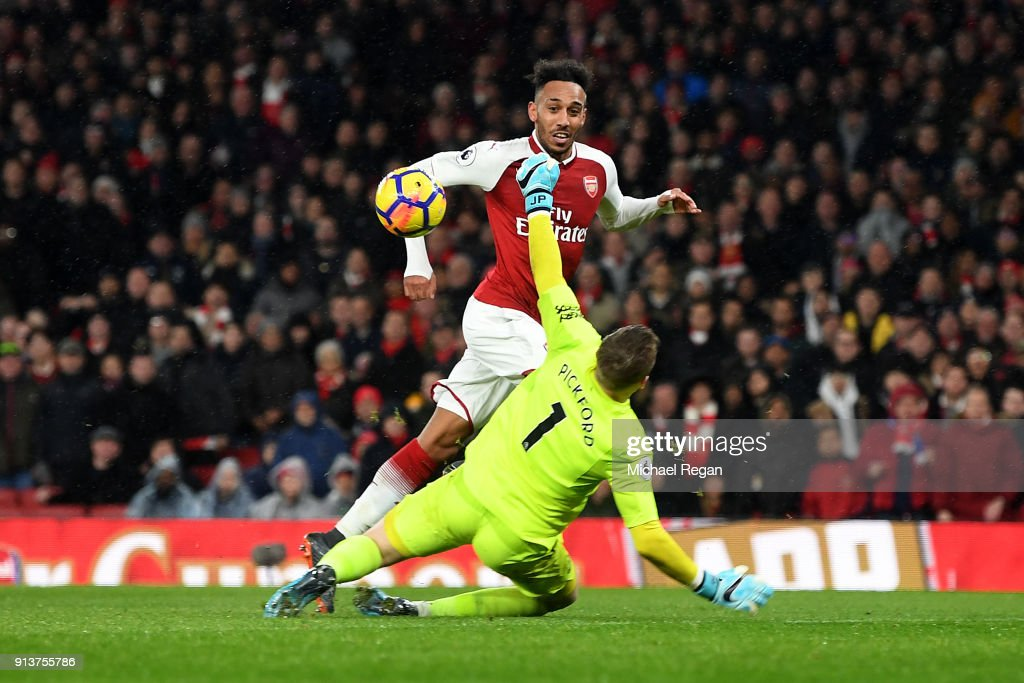 Pierre-Emerick Aubameyang of Arsenal scores his sides fourth goal during the Premier League match between Arsenal and Everton at Emirates Stadium on February 3, 2018 in London, England.