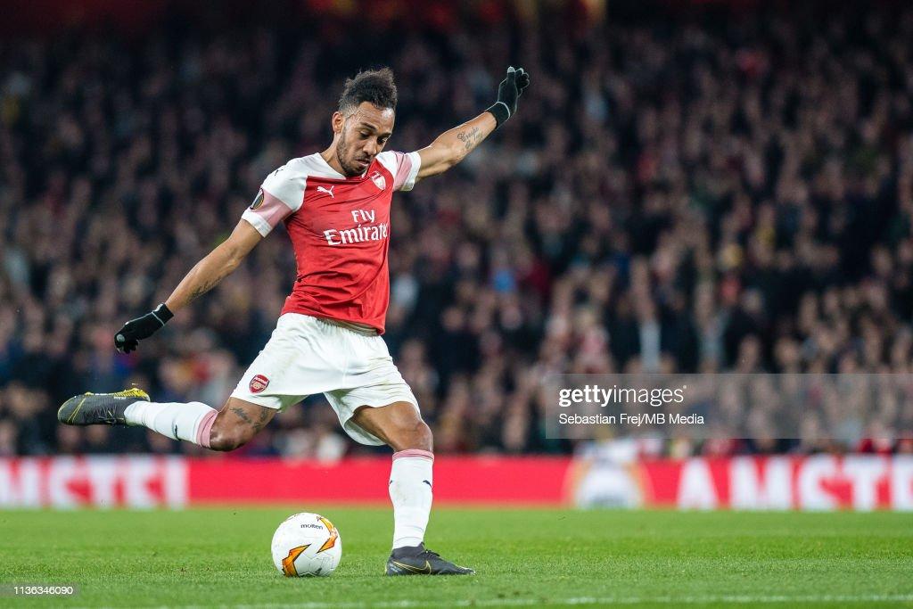 Arsenal v S.S.C. Napoli - UEFA Europa League Quarter Final : First Leg : News Photo