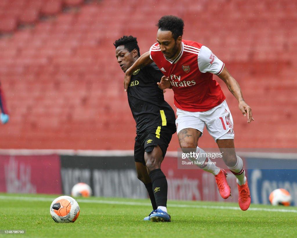 Arsenal v Brentford: Friendly : News Photo