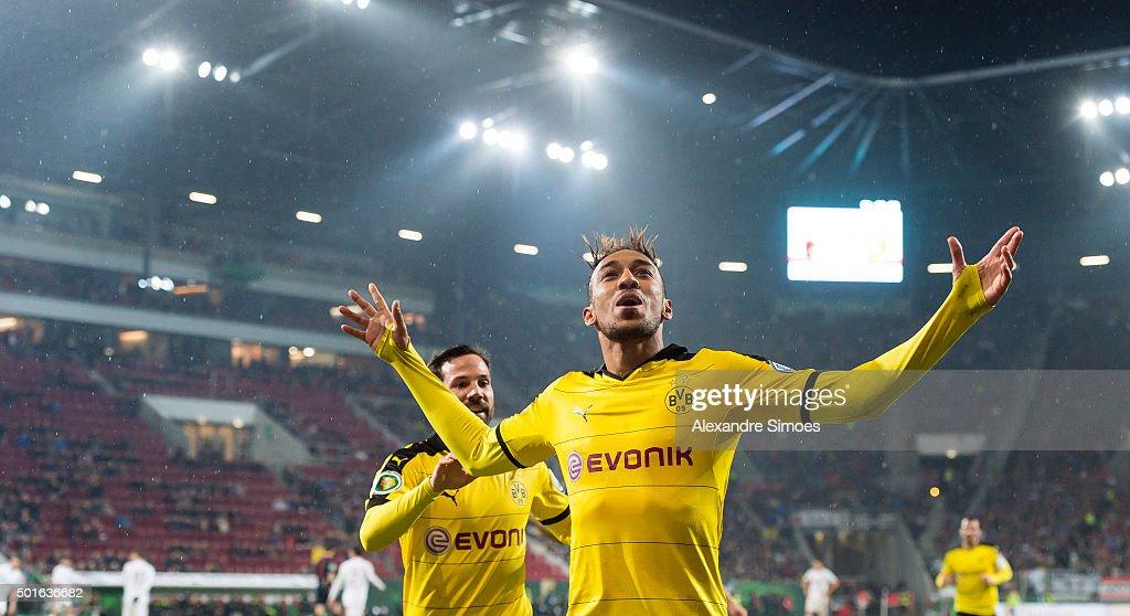 FC Augsburg v Borussia Dortmund - DFB Cup : News Photo