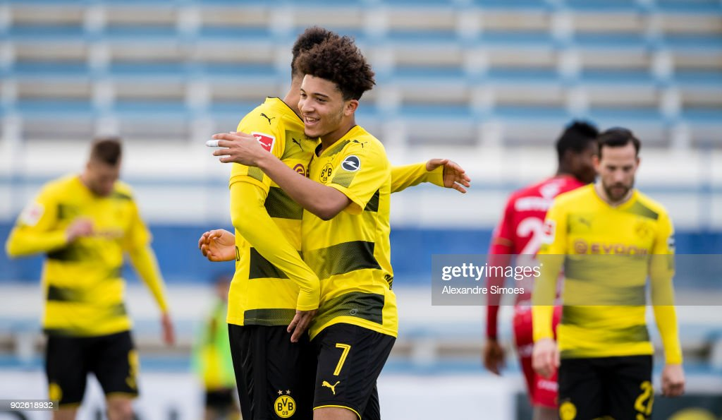 Pierre-Emerick Aubameyang of Borussia Dortmund celebrates after scoring the goal to the 3:2 with Jadon Sancho during a friendly match between Borussia Dortmund and SV Zulte Waregem as part of the training camp at the Estadio Municipal de Marbella on January 08, 2018 in Marbella, Spain.