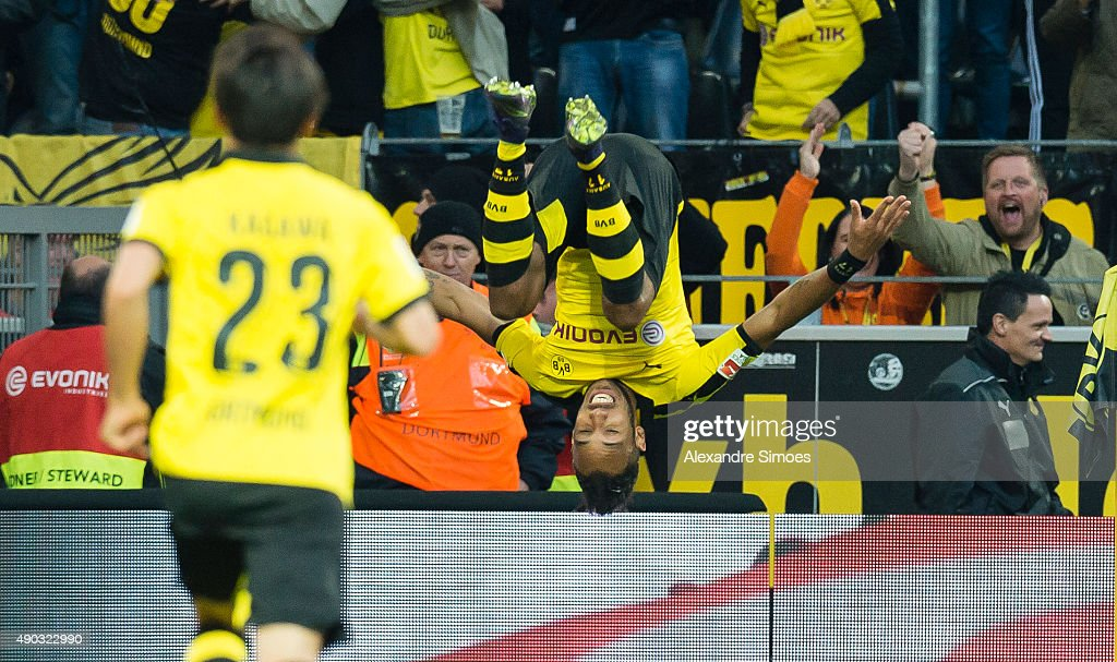 Pierre-Emerick Aubameyang of Borussia Dortmund celebrates scoring the goal to the 2:1 during the Bundesliga match between Borussia Dortmund and SV Darmstadt 98 at Signal Iduna Park on September 27, 2015 in Dortmund, Germany.
