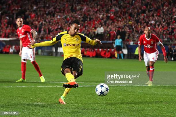 PierreEmerick Aubameyang of Borussia Dortmund misses a penalty during the UEFA Champions League Round of 16 first leg match between SL Benfica and...