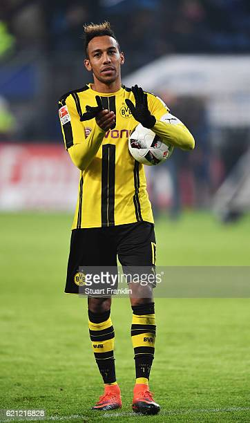 PierreEmerick Aubameyang of Dortmund celebrates at the end of the Bundesliga match between Hamburger SV and Borussia Dortmund at Volksparkstadion on...