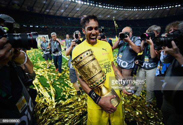 PierreEmerick Aubameyang of Dortmund celebrates with the trophy after winning the DFB Cup Final 2017 between Eintracht Frankfurt and Borussia...