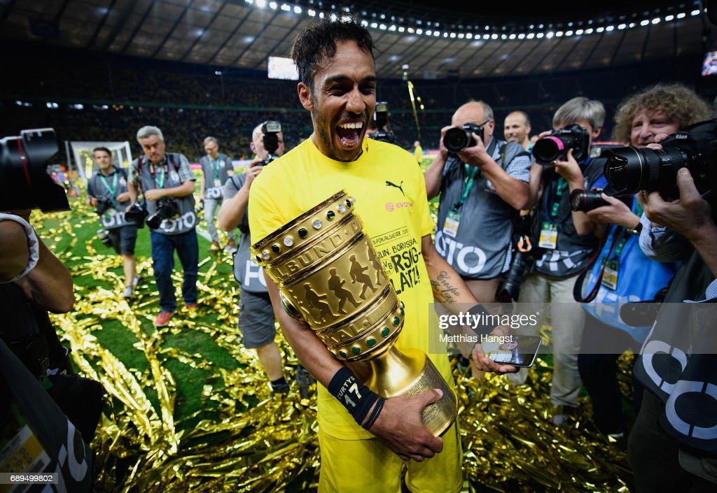 Eintracht Frankfurt v Borussia Dortmund  - DFB Cup Final 2017 : News Photo