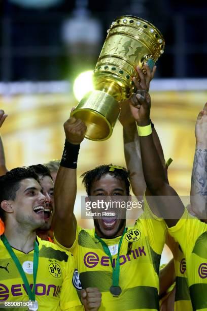 PierreEmerick Aubameyang of Dortmund lifts the trophy after winning the DFB Cup Final 2017 between Eintracht Frankfurt and Borussia Dortmund at...