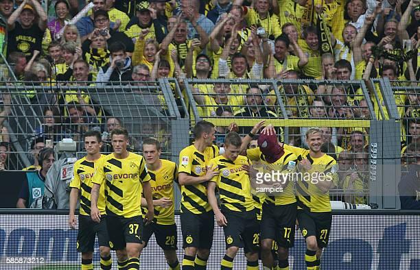 PierreEmile Aubameyang Torschütze mit Spiderman Maske nach dem 20 Fussball Supercup 2014 Borussia Dortmund FC Bayern München 20