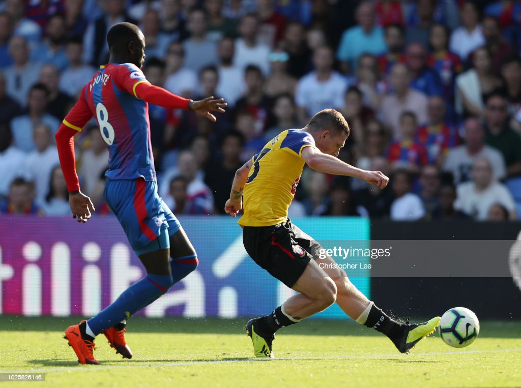 Pierre-Emile Hojbjerg of Southampton scores his team's second goal during the Premier League match between Crystal Palace and Southampton FC at Selhurst Park on September 1, 2018 in London, United Kingdom.