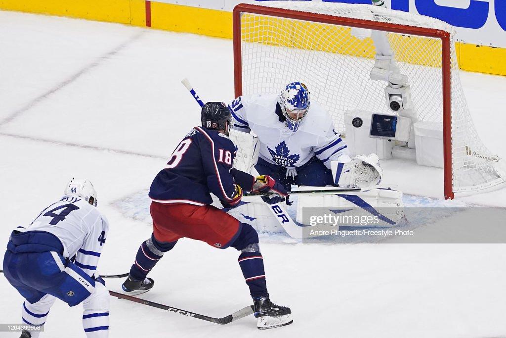 Toronto Maple Leafs v Columbus Blue Jackets : ニュース写真