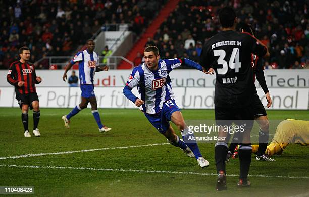 PierreMichel Lasogga of Hertha BSC celebrates his first goal during the second Bundesliga match between FC Ingolstadt and Hertha BSC Berlin on March...