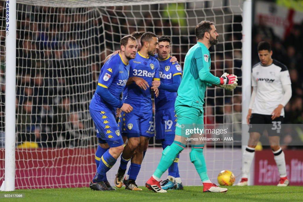 Derby County v Leeds United - Sky Bet Championship : ニュース写真