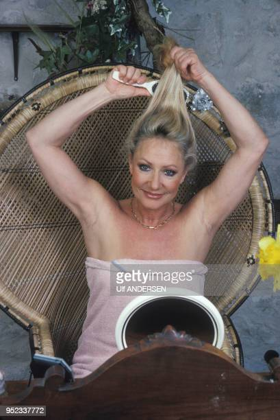 Le pen nude marine The mother