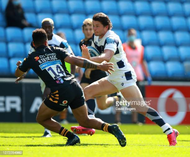 Piers O'Connor of Bristol takes on Zach kibirige during the Gallagher Premiership Rugby match between Wasps and Bristol Bears at the Ricoh Arena on...