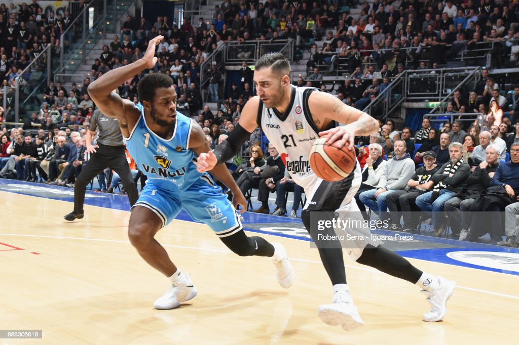 Pietro Aradori of Segafredo competes with Kelvin Martin of Vanoli during the LBA LegaBasket of Serie A match between Virtus Segafredo Bologna and Vanoli Cremona at PalaDozza on December 3, 2017 in Bologna, Italy.
