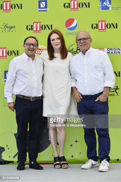 Pietro Rinaldi Julianne Moore and Claudio Gubitosi attend Giffoni Film Festival 2017 Day 3 Photocall on July 16 2017 in Giffoni Valle Piana Italy