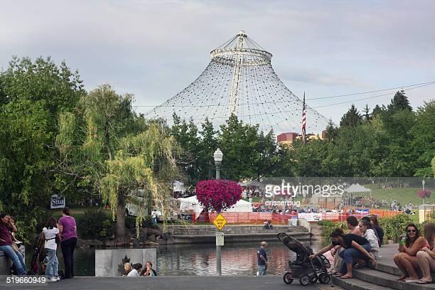 花より団子には、公園、スポーケン - スポケーン ストックフォトと画像