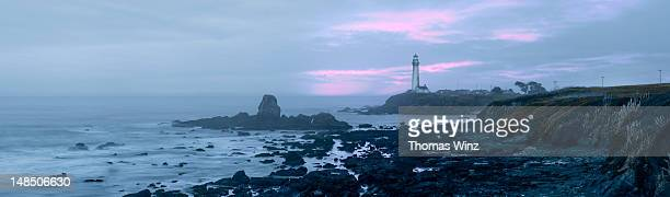 pigeon point lighthouse at dusk on highway 1 between half moon bay and santa cruz - san mateo county stock pictures, royalty-free photos & images