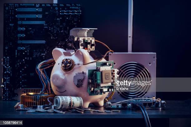 piggy bank - computeronderdeel stockfoto's en -beelden