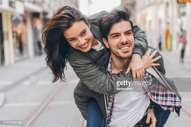 piggyback - bulgária imagens e fotografias de stock