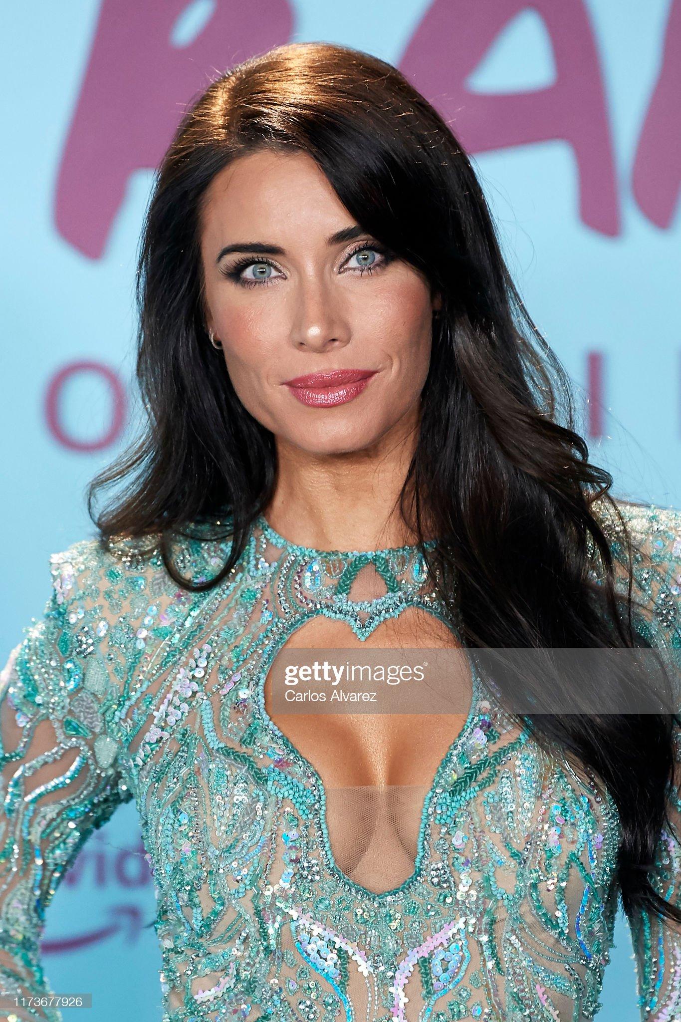 Ojos azules - personas famosas con los ojos de color AZUL Pilar-rubio-attends-el-corazon-de-sergio-ramos-premiere-at-the-reina-picture-id1173677926?s=2048x2048