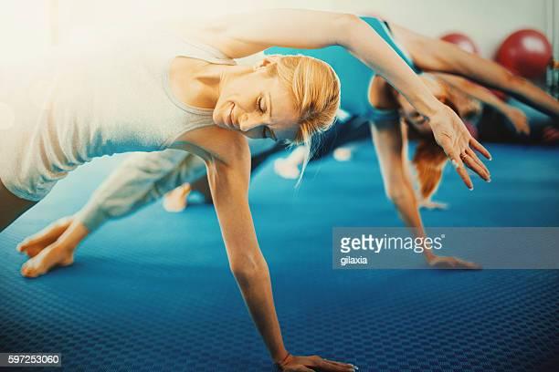 Cours de Pilates.