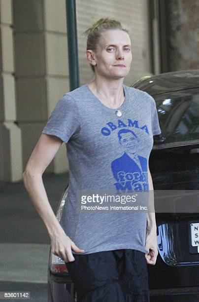 SYDNEY AUSTRALIA NOVEMBER 06 Pilates instructor Kate Agnew is seen at Potts Point district on November 6 2008 in Sydney Australia