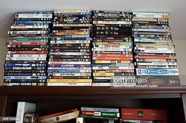 書籍と DVD