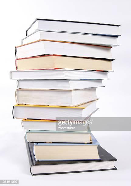 パイルの書籍 - 積み重ねる ストックフォトと画像