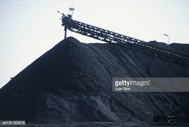 pile of mineral coal - coal stock pictures, royalty-free photos & images