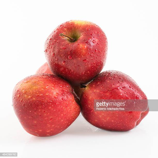 Pile of red delicious apples