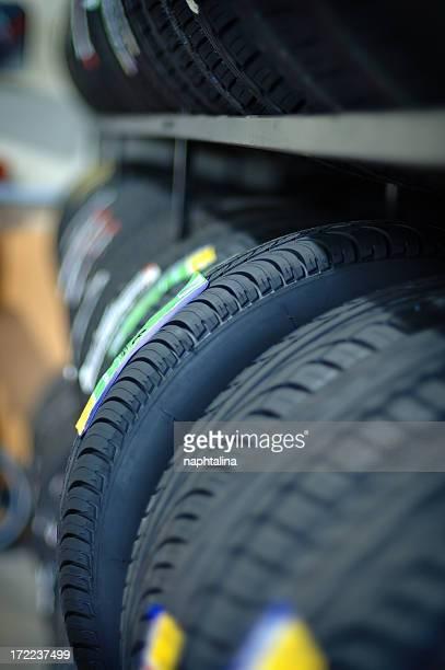 Haufen von Reifen