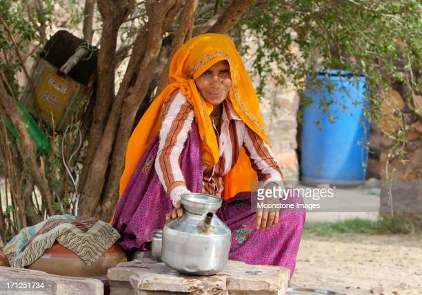 pilgrim at ranthambhore fort, india - ranthambore national park stock pictures, royalty-free photos & images