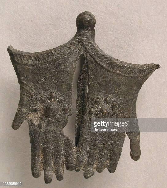 Pilgrim's Badge with Becket's Gloves, British, 15th century. Artist Unknown.