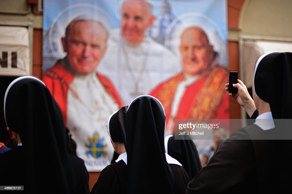 Final Preparations Are Made For The Canonisation Of Pope John Paul II And Pope John XXIII : News Photo
