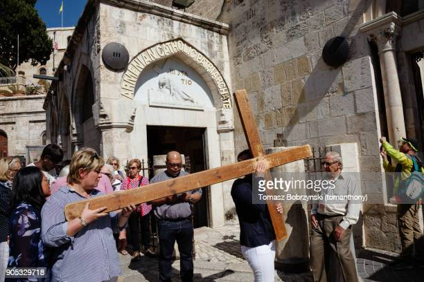 pilgrims on via dolorosa - stations of the cross stock pictures, royalty-free photos & images
