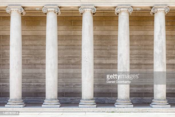 pillar rows - five objects stock pictures, royalty-free photos & images