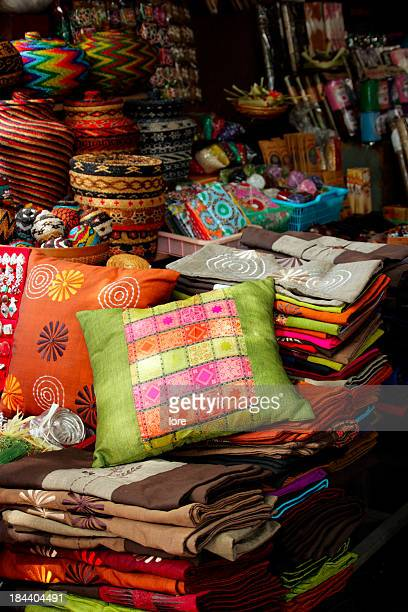 pillows and trinkets and the ubud market - indonesian cloth 個照片及圖片檔
