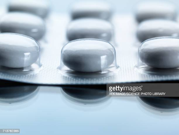 pills in blister pack - blister package stock pictures, royalty-free photos & images