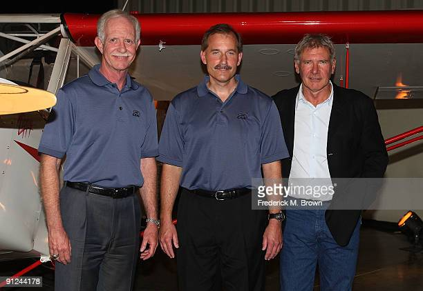 Pilolts Chesley Sully Sullenberger Jeffrey Skiles and actor/pilot Harrison Ford attend the EAA Young Eagles Program press conference at the Santa...