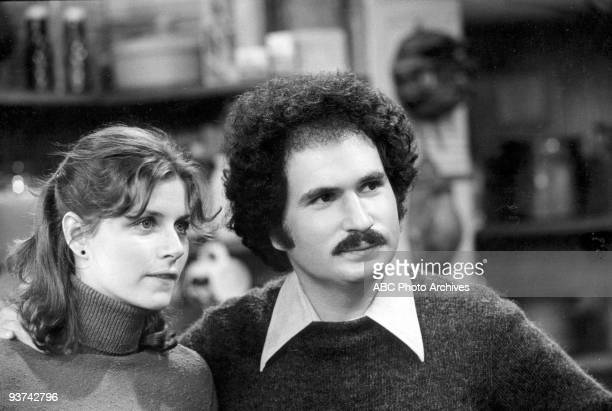 BACK KOTTER Pilot 9/9/75 Gabe Kaplan played Gabe Kotter the teacher of a class of delinquents called the Sweathogs at his former high school Julie...
