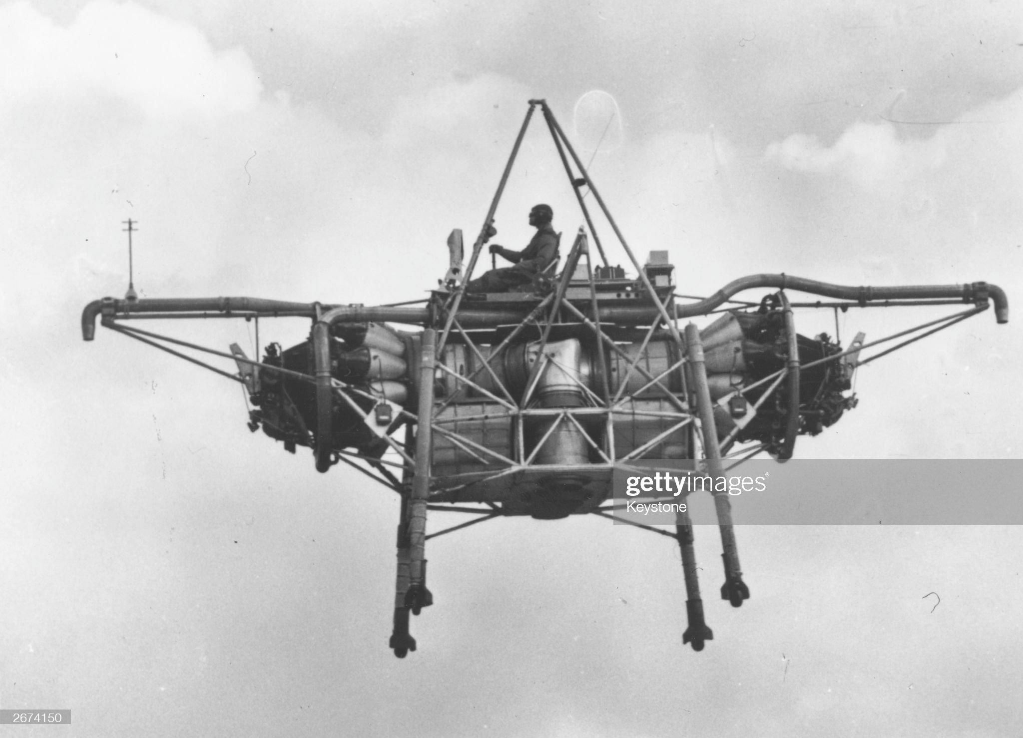 Flying Bedstead : News Photo