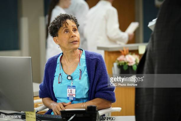 Pilot Bob a middleaged compressionsock businessman from Detroit unexpectedly falls for his cardiac nurse Abishola a Nigerian immigrant while...