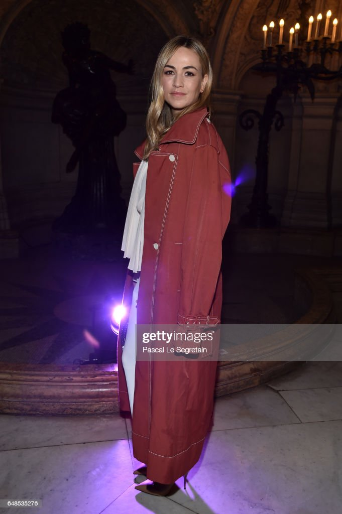 Stella McCartney : Front Row  - Paris Fashion Week Womenswear Fall/Winter 2017/2018