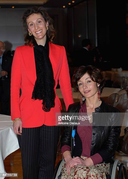 Pilot Dorine Bourneton poses SAR Sibilla Weiller Princess of Luxemburg before being presented with the Medaille de l'Ordre National du Merite by...