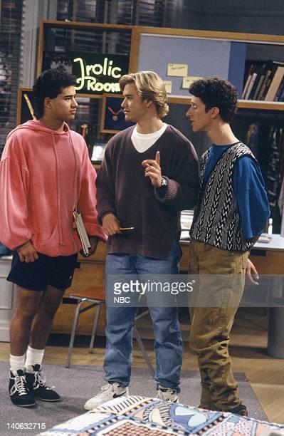 YEARS 'Pilot' Episode 1 AIr Date Pictured Mario Lopez as AC Slater MarkPaul Gosselaar as Zack Morris Dustin Diamond as Screech Powers Photo by Paul...