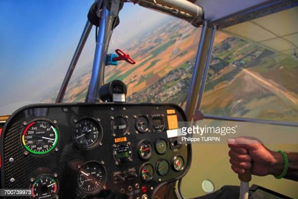 pilot hand. control panel of a ninja plane. - aereo ultraleggero foto e immagini stock